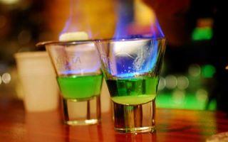 Коктейль, который поджигают: рецепты приготовления в домашних условиях, как подавать и пить пламенный напиток